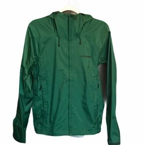 PATAGONIA windbreaker new without tags. Size XS
